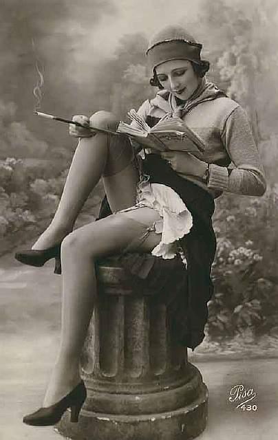 vintage-women-beauty-1900-1910-106__605