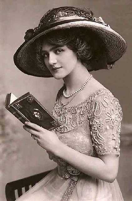 vintage-women-beauty-1900-1910-64__605