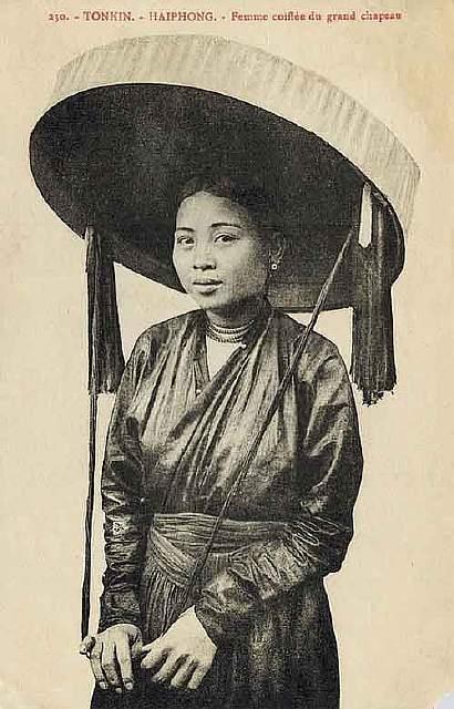 vintage-women-beauty-1900-1910-72__605
