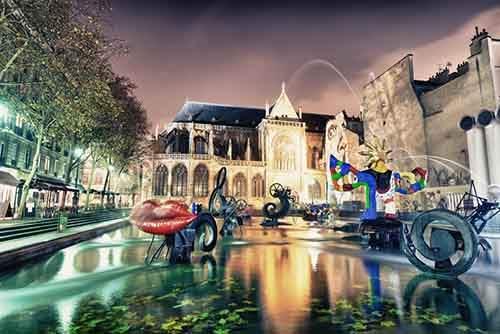 1495155-1000-1461358091-Stravinsky-fountain