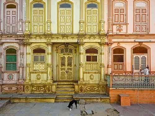 dawoodi-bohra-street_94989_990x742