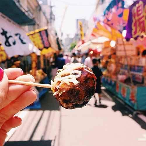 food-around-the-world-sweets-travel-girl-eat-world-13-5723025aad69e__605