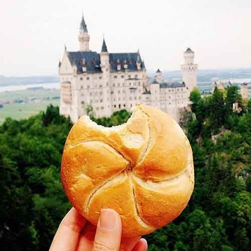food-around-the-world-sweets-travel-girl-eat-world-3-57230240e73ab__605