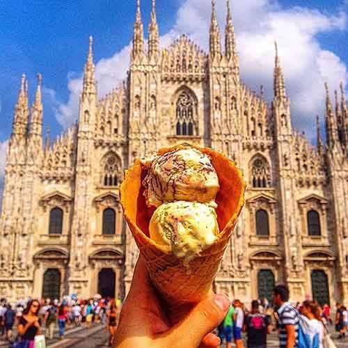 food-around-the-world-sweets-travel-girl-eat-world-35-5723028ec4962__605